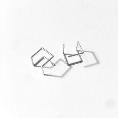 Loop & Box - cube pierce