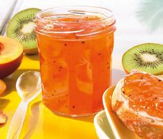 Nectarines and kiwi fruit jam - Marmelade - Konfitüre- Gelee - Noel Kiwi Jam, Mango Jam, Fruit Jam, Chutneys, Healthy Fruits, Healthy Drinks, Necterine Recipes, Chard Recipes, Juicer Recipes