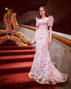 Filipiniana, Formal Dresses, November, Instagram, Fashion, Dinner Suit, La Mode, Fashion Illustrations, Fashion Models