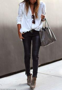 calza/pantalon engomado con botinetas/botas cortas mas camisa ancha bolso y accesorios: