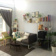 Living Room Designs, Living Room Decor, Bedroom Decor, Minimalist Home Furniture, Ikea Inspiration, Scandi Home, Decorating Small Spaces, Simple House, Home Decor Trends