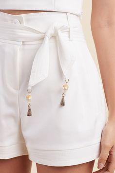 Fashion Pants, Look Fashion, Womens Fashion, Designer Dresses, Ideias Fashion, White Shorts, My Style, Sexy, Off White