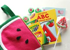 Watermelon Pouch Tutorial and Free Pattern by you & mie Made of felt, this would be a good tutorial for any felt pouch you want to make