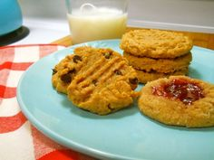5 ingredient Fix PB cookies...via annie:)