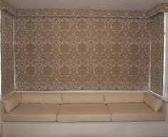 ***** Roman Blinds - Style options  Great pointers for romans in a square bay window *****