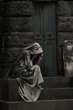 Manchmal kann man sie weinen hören... von Marcus Propostus