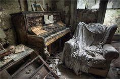 Leggero #disordine... ma adesso metto a posto la scrivania... prometto