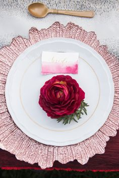 Countryside Fall Wedding Inspiration – Deep red and Pink Tablescape