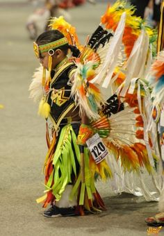 Native American Children, Native American Pictures, Native American Wisdom, Native American Regalia, Native American Design, American Spirit, American Indian Art, Native American History, Indian Tribes