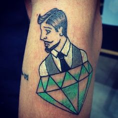 #oldschooltattoo #newschooltattoo #85tattoo #gentleman #diamond #tattoo #올드스쿨타투…