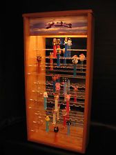LIGHTED 81 PEZ CANDY DISPENSER DISPLAY CASE CABINET