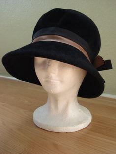 Vintage 1960s Cloche Hat 1920s Style Wool Felt 201480