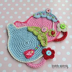 Teapot coaster - crochet pattern, DIY by VendulkaM on Etsy https://www.etsy.com/listing/156365545/teapot-coaster-crochet-pattern-diy