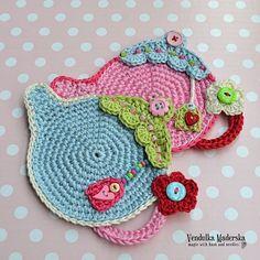 Teapot coaster - crochet pattern, DIY by VendulkaM on Etsy https://www.etsy.com/listing/156365545/teapot-coaster-crochet-pattern-diy