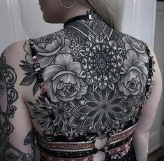 Sexy Tattoos, Life Tattoos, Black Tattoos, Body Art Tattoos, Sleeve Tattoos, Back Tattoo Women Upper, Upper Back Tattoos, Backpiece Tattoo, Chest Tattoo