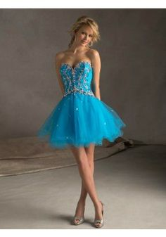 2014 Style A-line Sweetheart Sleeveless Short/Mini Tulle Homecoming Dresses/Short Prom Dresses #FD371 - See more at: http://www.avivadress.com/special-occasion-dresses/homecoming-dresses.html?p=5#sthash.eMsBEEPn.dpuf