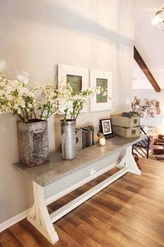 Paint colors from Fixer Upper.HGTV Fixer Upper Magnolia Homes The paint colors used in this house are Sherwin Williams Mindful Gray Casa Magnolia, Magnolia Fixer Upper, Magnolia Homes, Magnolia Farms, Magnolia Market, Magnolia Store, Magnolia Home Decor, Rustic Entryway, Entryway Decor
