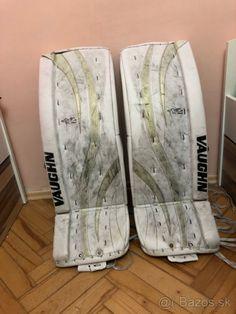 Predám hokejové brankárske betóny Vaughn Ventus LT80 - Bratislava - Bazoš.sk Bratislava, Surfboard, Surfboard Table, Skateboarding, Surfboards