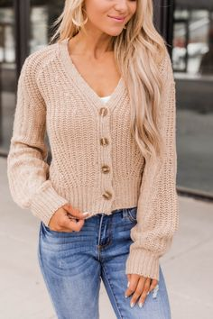 Black Poncho, Beige Cardigan, Burgundy Sweater, Lightweight Cardigan, Color Block Sweater, Beige Color, Cute Tops, Passion For Fashion, Jeans And Boots