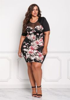 awesome 54 Fashionable Dresses for Plus Size Women http://attirepin.com/2017/11/21/54-fashionable-dresses-plus-size-women/