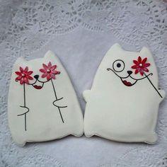 Декоративные подушки для дивана, сделанные своими руками, подарят вашей комнате уют и неповторимость.