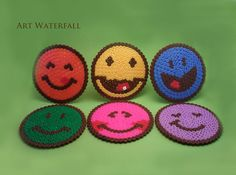 Posavasos Caritas - Smiley hama perler coasters by rukiah