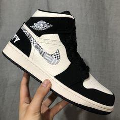 air jordan black and white$130~$180 Black Moon, Black And White, Jordans Sneakers, Air Jordans, Shopping, Shoes, Fashion, Moda, Zapatos
