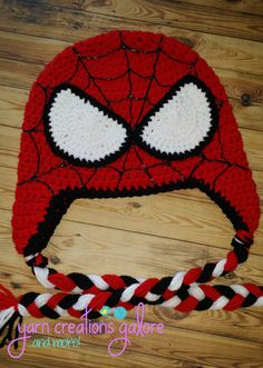 Crochet Spiderman Hat by YarnCreationsGalore on Etsy - Visit to grab an amazing super hero shirt now on sale! Crochet Kids Hats, Crochet For Boys, Crochet Beanie, Free Crochet, Knitted Hats, Knit Crochet, Yarn Projects, Crochet Projects, Crochet Character Hats