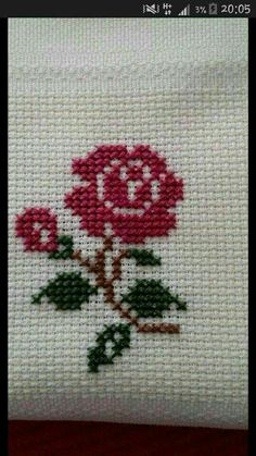 Vuslat Leyla Embroidery Stitches, Hand Embroidery, Beaded Embroidery, Embroidery Designs, Cross Stitch Cards, Cross Stitch Rose, Cross Stitch Borders, Cross Stitch Flowers, Cross Stitch Designs