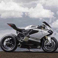 Double tap if you want it @sugar_smack #SportBikeLife #Braptube #Ducati