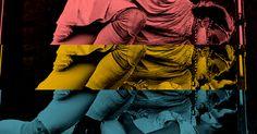 """Imagine se a mais conhecida história de amor não se passasse em Verona, Itália, mas em terras brasileiras. O Grupo Galpão eGabriel Villela transpõem a tragédia de dois jovens apaixonados, Romeu e Julieta, para o contexto do sertão mineiro, evocado por elementos presentes no cenário, nos adereços, na música e na figura do narrador, que...<br /><a class=""""more-link"""" href=""""https://catracalivre.com.br/geral/agenda/barato/e-se-romeu-e-julieta-se-apaixonassem-no-sertao-mineiro/"""">Continue lendo…"""