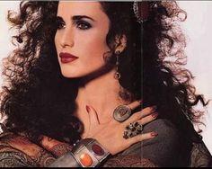 80s Fashion, Vintage Fashion, Vintage Style, Retro Vintage, Mademoiselle Magazine, Curly Hair Styles, Natural Hair Styles, Andie Macdowell, Magazine Illustration