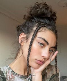 Summer Hairstyles, Trendy Hairstyles, Girl Hairstyles, Braided Hairstyles, Updo Hairstyle, Hairstyles For Curly Hair, Hairstyles For Women, Wedding Hairstyles, Fashion Hairstyles