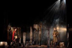 LE PETIT CAHPERON UF - Cie Theatre H - Présentation : http://theatre-h.wix.com/theatre-h#!prsentation-de-la-piece/c1qtr Le montage du décor /watch?v=IipPZKWAVf8