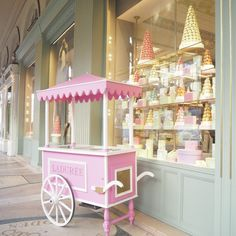 As I'm sure you all saw, Mr THTMM & I have just got back from 3 nights in Paris earlier this week after having such… Cake Shop Design, Bakery Design, Food Cart Design, Sweet Carts, Ice Cream Cart, Candy Cart, Flower Cart, Cafe Interior Design, Party Props