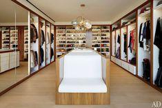 Top 10 moderne Kleiderschränke für das Master Schlafzimmer | Begehbare Kleiderschränke sind eine der praktischsten und auch modischen Divisionen im modernen Haus Dekor. Ambiente von Koket. wohn-designtrend.de/