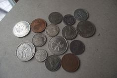 Lot of 15 Foreign Coins Money Canada Canadian New Zealand Mexico Singapore Dimes