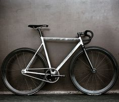All Cycling. Bespoke Custom Bicycle Frame Building and Shopping for Track and Road. Fixed Gear Bikes, Fixed Bike, Bike Run, Road Bikes, Cycling Bikes, Road Cycling, Velo Retro, Push Bikes, Buy Bike