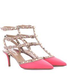 25ef0127e232 Valentino Valentino Garavani Rockstud Patent Leather Kitten-Heel Pumps  (12.784.695 IDR) ❤ liked on Polyvore featuring shoes