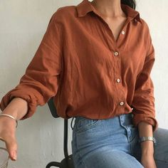 I like those tight jeans and the loose-fitting shirt look . still showing my waist . - - # minimalist Fashion I like those tight jeans and the loose-fitting shirt look … still showing my waist … Look Fashion, 90s Fashion, Korean Fashion, Fashion Outfits, Feminine Fashion, Fashion Styles, Parisian Fashion, Fashion Ideas, Womens Fashion