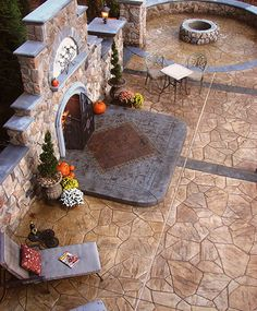 Outdoor patio concrete stamping