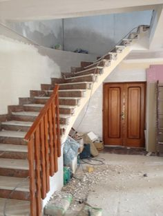 #Renovación de chalet en Villafranqueza. Escalera. (Proceso)