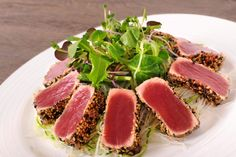 Pan Seared Ahi Tuna, Baby Beets and Watercress Salad with Ginger Vinaigrette - Calorie Control Council Fish Recipes, Asian Recipes, Healthy Recipes, Risotto, Seared Tuna, Oriental, Watercress Salad, Sashimi, Fish And Seafood