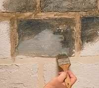 Step-by-step instructions for creating a stone block effect. Fake Stone, Brick And Stone, Old Stone, Faux Painting, Stone Painting, House Painting, Faux Stone Walls, Faux Brick, Faux Walls