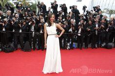 第67回カンヌ国際映画祭(Cannes Film Festival)のオープニングレッドカーペットに登場した米女優ゾーイ・サルダナ(Zoe Saldana、2014年5月14日撮影)。(c)AFP/VALERY HACHE ▼16May2014AFP|【写真特集】第67回カンヌ国際映画祭 http://www.afpbb.com/articles/-/3014951 #Cannes_Film_Festival #Zoe_Saldana