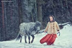 Sweet Photos Of Children And Animals / Birds Playing Together