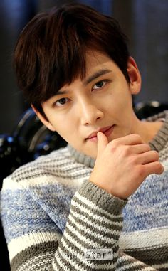 This is a page for all fans of Ji Chang Wook Disclaimer: I am not Ji Chang Wook or know Ji. Hot Korean Guys, Korean Men, Asian Actors, Korean Actors, Ji Chang Wook Photoshoot, Ji Chang Wook Healer, Kdrama, Ji Chan Wook, Yeon Woo Jin