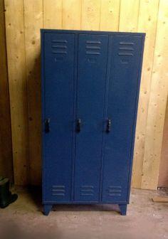 Leuke, stoere blauwe #lockerkast #locker #kast voor bijvoorbeeld op een jongenskamer!