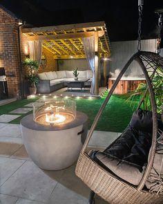 Hot Tub Garden, Hot Tub Backyard, Backyard Retreat, Backyard Gazebo, Rooftop Design, Terrace Design, Backyard Patio Designs, Backyard Landscaping, Back Garden Design