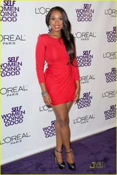 I want to look as good as Jennifer Hudson when I reach my goal weight! (minus the sweaty pits). LOVE HER!